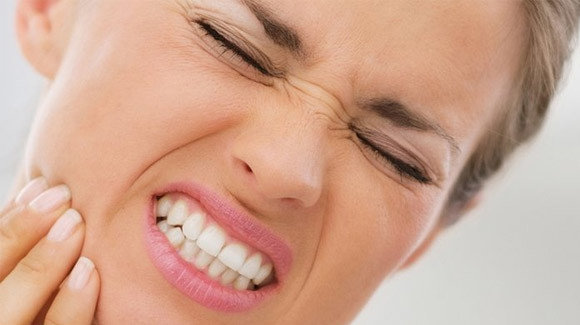 Diş Ağrı Nedenleri ve Tedavi Yöntemlerimiz